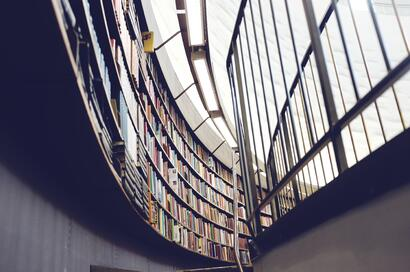 StockSnap_EB9B6BC1F6_librarybooks_referencedataresources_BP