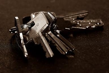 StockSnap_MO3XRZ5T5E_keys_DG Success